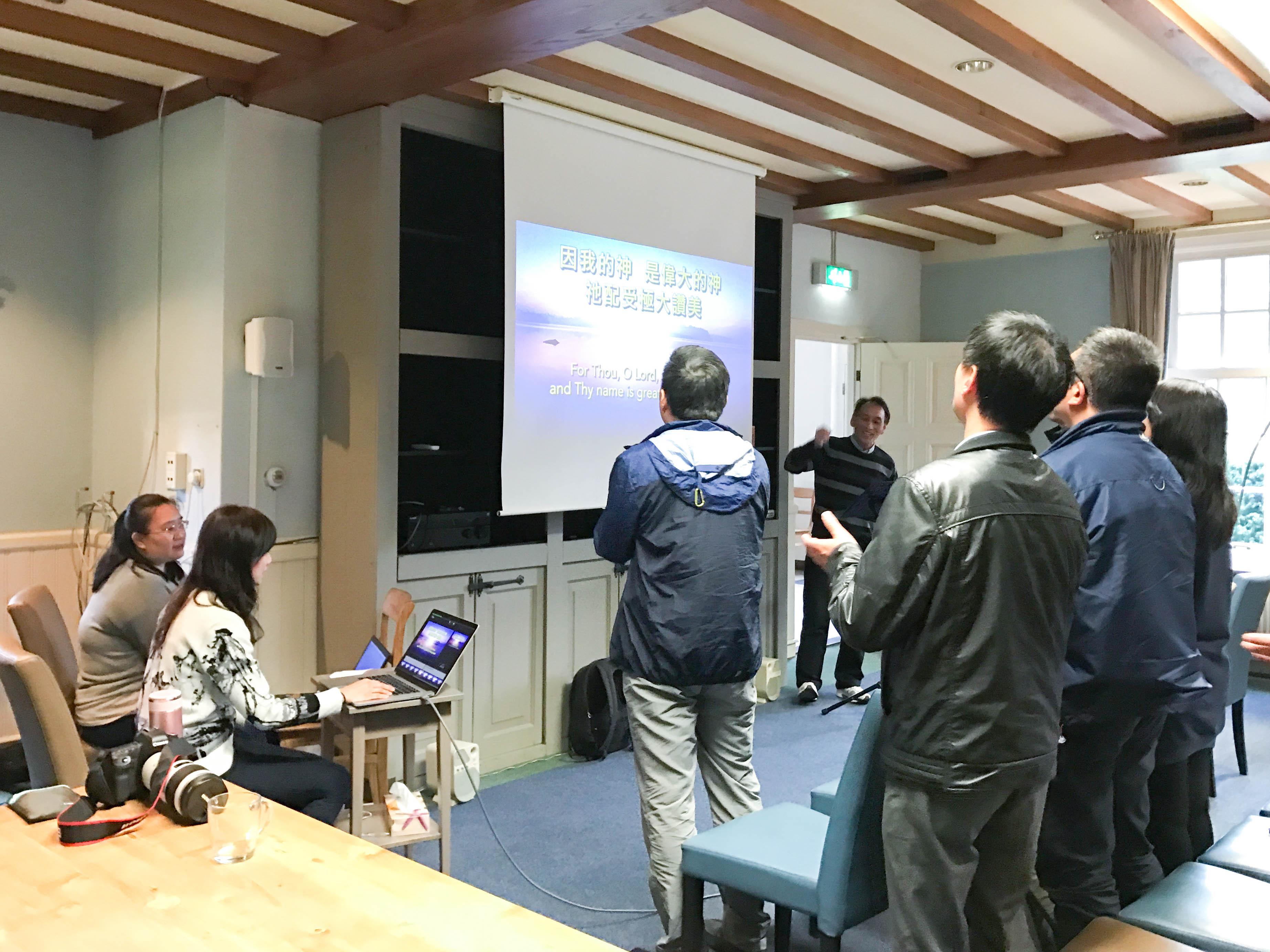 2017-Europe-Pastors-Retreat-00005